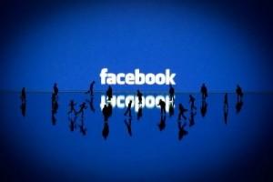 Facebook推出其自家应用用于通讯。